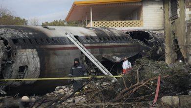 Photo of ایران میں کارگو جہاز گر کر تباہ، 8 افراد جاں بحق