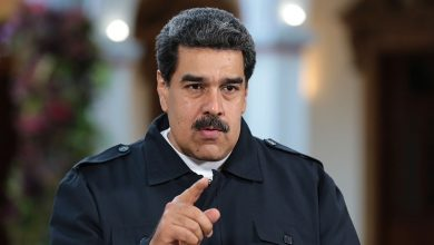 Photo of امریکہ کے مقابلے میں استقامت پر مادورو کی تاکید