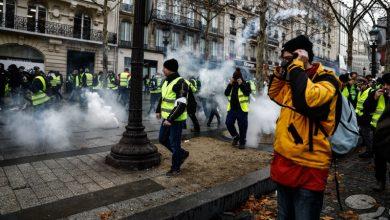 Photo of فرانس میں مظاہرین اور پولیس میں جھڑپیں