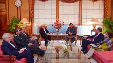 Photo of ایران کے وزیر خارجہ کی پاکستانی وزیر اعظم سے ملاقات