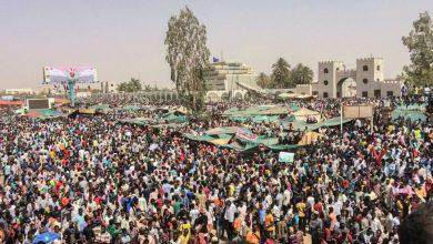 Photo of سوڈان میں فوجی حکمرانوں کے خلاف ملک گیر مظاہرے