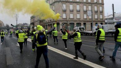 Photo of فرانس میں اقتصادی معاشی پالیسوں کے خلاف پیلی جیکٹ کے مظاہرے