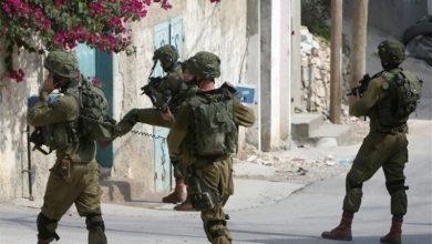 Photo of فلسطینیوں کے گھروں پر صیہونی فوجیوں کی یلغار