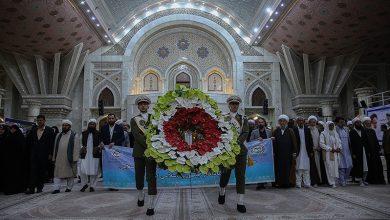 Photo of عالمی وحدت اسلامی کانفرنس کے شرکا کی امام خمینی(رح) کے حرم میں حاضری