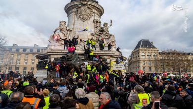 Photo of فرانسیسی صدر کے خلاف مظاہرہ ۔
