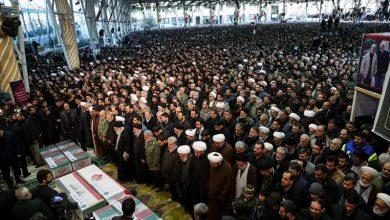 Photo of شہید قاسم سلیمانی اور ان کے ساتھیوں کی نماز جنازہ