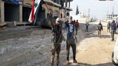 Photo of شامی فوج، شہر سراقب میں داخل، تفتناز فوجی ہوائی سے ہوئی نزدیک