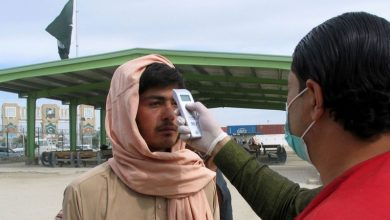Photo of پاکستان میں کرونا سے بچاؤ کے لیے سخت تدابیر اپنانے کا فیصلہ