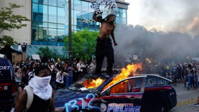 Photo of امریکہ کی قاتل پولیس کے خلاف بڑھتا جا رہا ہے عوامی غصہ۔