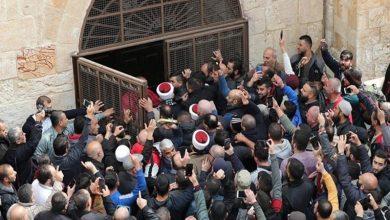 Photo of مسجد الاقصیٰ کے باب الرحمہ بند کر دیئے جانے پر فلسطینیوں کا احتجاج