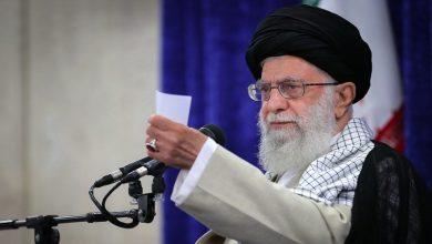 Photo of مسلمان، اسرائیل کے ساتھ ذلت آمیز مذاکرات کو برداشت نہیں کریں گے: رہبر انقلاب اسلامی