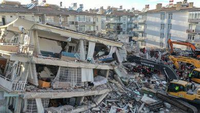 Photo of ترکی،  زلزلے کے 2 روز بعد بھی ملبے سےلاشوں کو نکالنے کا سلسلہ جاری