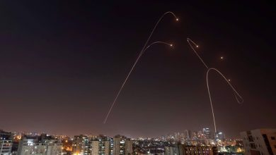 Photo of شام پر اسرائیل کا حملہ ناکام، کئی میزائل تباہ