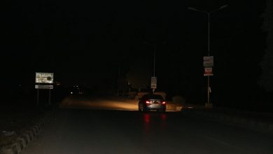 Photo of پاکستان میں بجلی کے بڑے بریک ڈاؤن کے بعد بجلی کی بحالی کا کام شروع