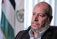 Photo of صیہونیوں کو لگام دینے کے لئے ہر آپشن ہماری میز پر ہے: حماس رہنما
